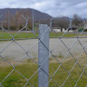 Piquet T Galva clôture grillage souple
